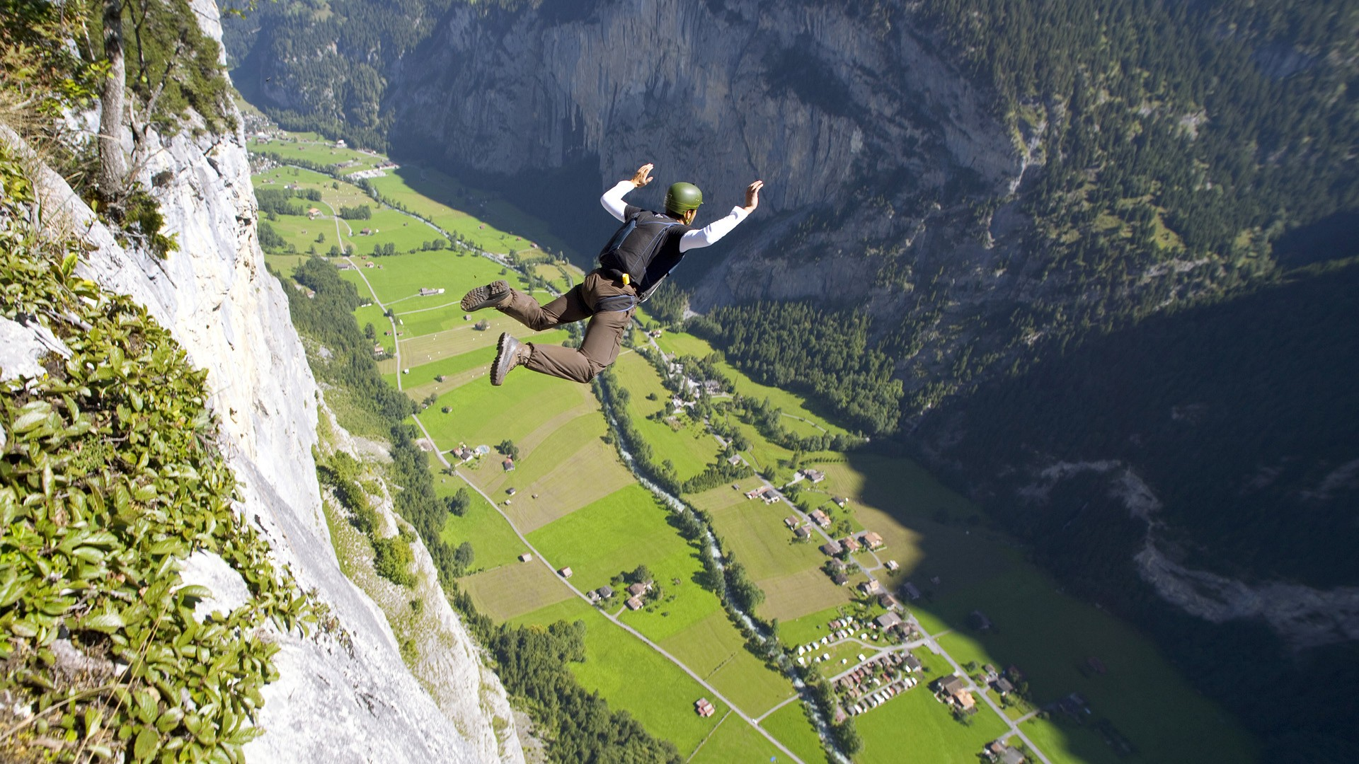 Base Jumping Images YOLO!