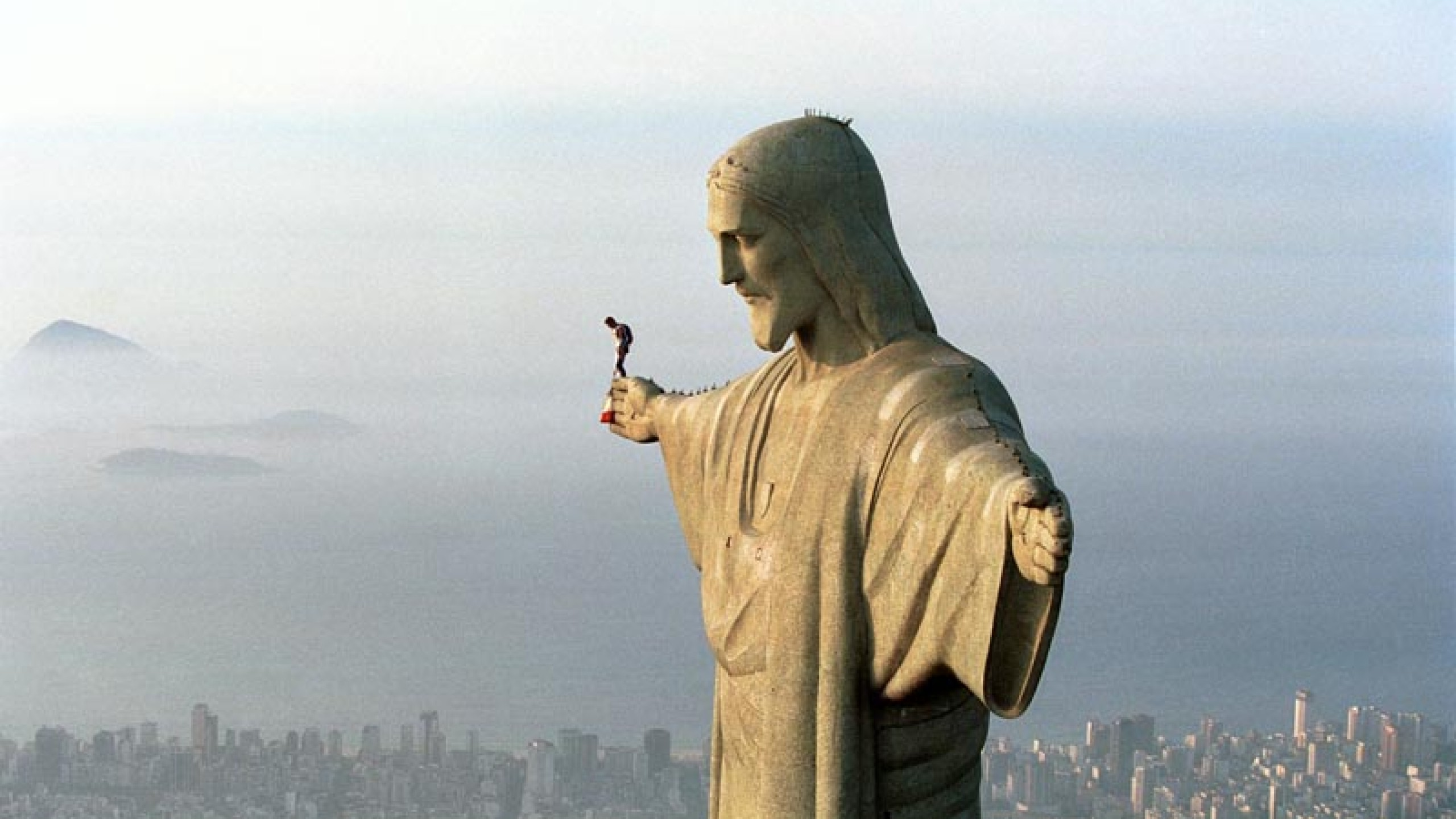 base jumping in rio YOLO!