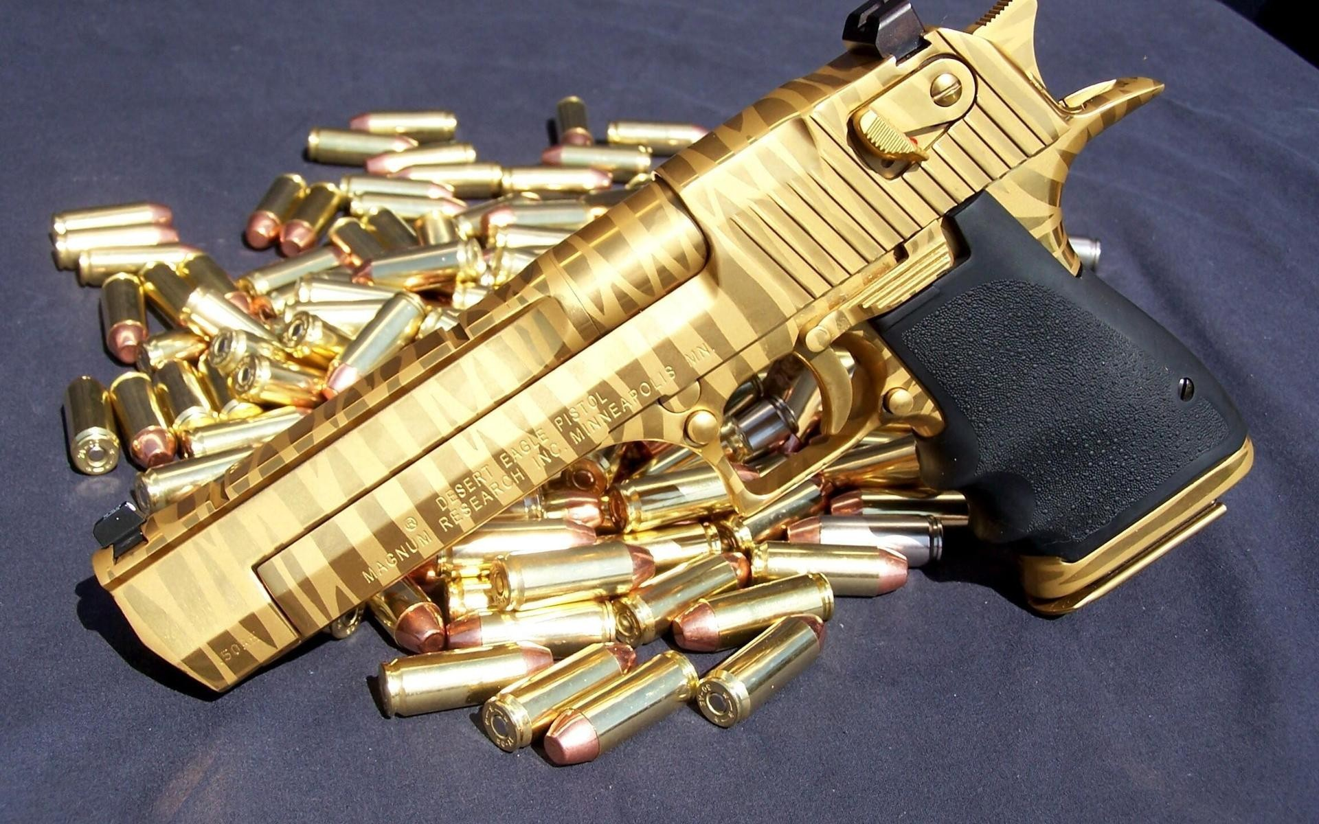 Best Gold Pistol Guns Wallpaper HD Good Looking Killers