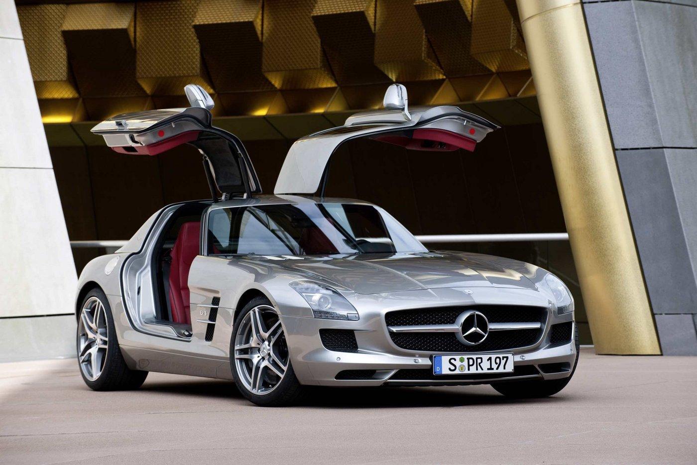 2010 mercedesbenz sls amg1 Mercedes Benz SLS 63 AMG