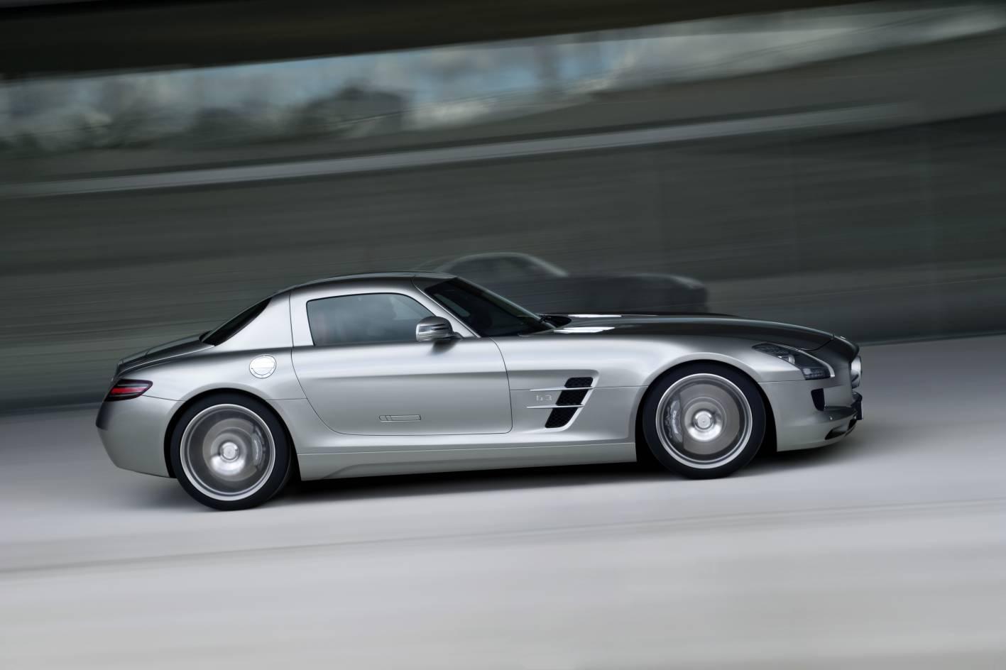 2010 mercedes benz sls amg 09 4b77a5e1eb9a1 Mercedes Benz SLS 63 AMG