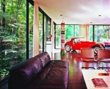Ferris Bueller's Ferrari house
