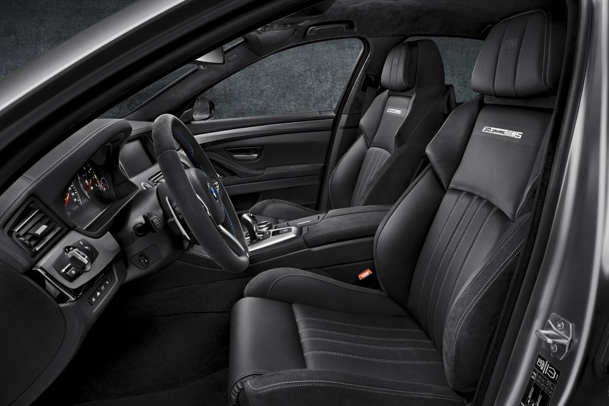m5 seats 30 years of the BMW M5